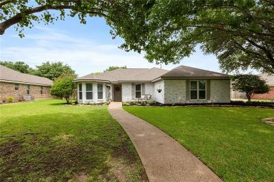 Hewitt Single Family Home For Sale: 904 Regina Drive