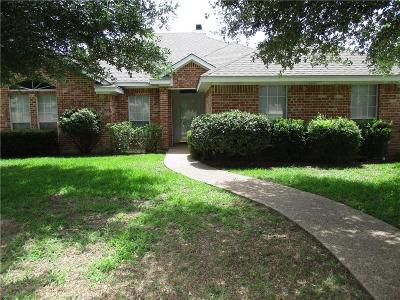 Lorena Single Family Home Active Under Contract: 610 Shoal Ridge