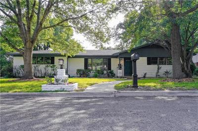 Woodway Single Family Home For Sale: 717 Falcon Drive