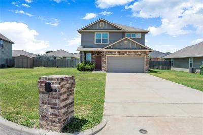 Waco Single Family Home For Sale: 10613 Madrid Court