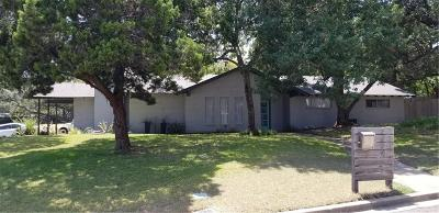 Waco Single Family Home For Sale: 2724 Wooded Acres Drive
