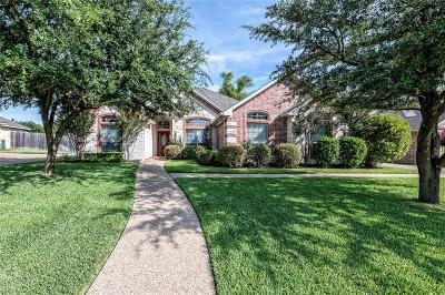 Waco Single Family Home For Sale: 313 Edinburgh Lane