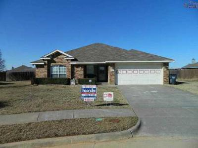 Wichita Falls TX Single Family Home Sale Pending: $154,900