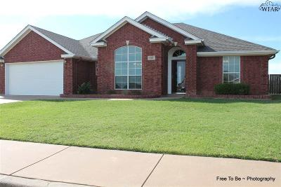 Burkburnett Single Family Home For Sale: 100 Chapman Circle