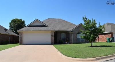 Iowa Park Single Family Home For Sale: 521 Callie Lane