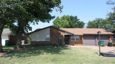 Iowa Park Single Family Home For Sale: 1320 N 4th Street