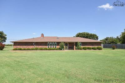 Wichita Falls Single Family Home For Sale: 7807 Burkburnett Road