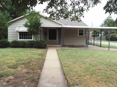 Wichita Falls Single Family Home For Sale: 1615 Hayes Street