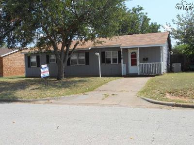 Wichita Falls Single Family Home For Sale: 123 Dundee Drive