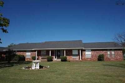 Single Family Home For Sale: 2713 S Fm 369