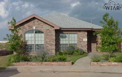 Wichita Falls Single Family Home For Sale: 16 Johnny Court