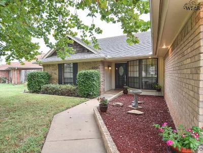 Wichita Falls Single Family Home Active W/Option Contract: 4901 Eldorado Drive