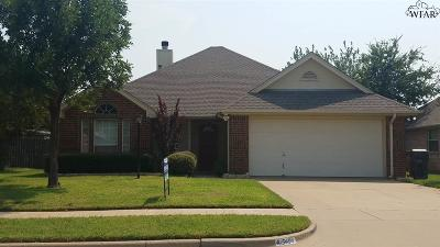 Wichita Falls Single Family Home Active W/Option Contract: 5404 Carlson Street