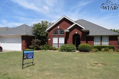 Wichita Falls Single Family Home Active W/Option Contract: 4831 Tortuga Trail