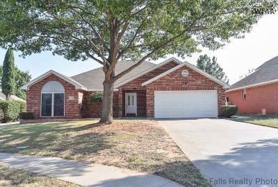 Wichita Falls TX Single Family Home Active W/Option Contract: $174,000