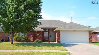Wichita Falls Single Family Home For Sale: 2 Libby Court