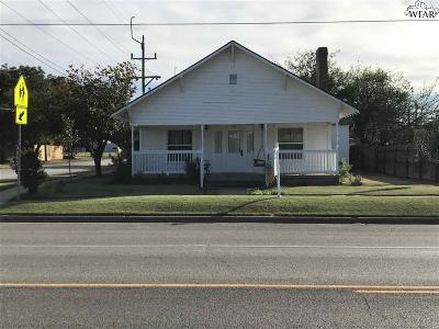 Archer City Single Family Home For Sale: 302 W Main Street