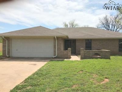 Burkburnett Single Family Home For Sale: 1302 Danberry Street