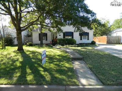 Single Family Home Active W/Option Contract: 2221 Piedmont Place