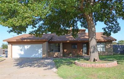Wichita Falls Single Family Home For Sale: 5030 Edgecliff Drive