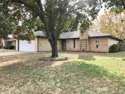 Wichita Falls Single Family Home For Sale: 5212 Brookwood Drive