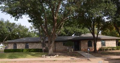 Wichita Falls Single Family Home Active W/Option Contract: 1 Donnie Circle