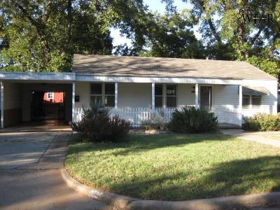Wichita Falls Single Family Home For Sale: 1606 Bland Street