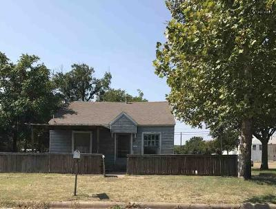 Wichita Falls Multi Family Home Active W/Option Contract: 1600 Burnett Street