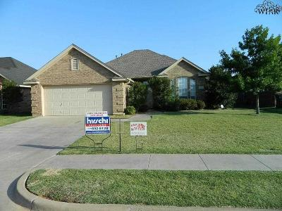 Wichita Falls Single Family Home For Sale: 5208 Sunnybrook Lane