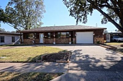 Wichita Falls Single Family Home For Sale: 4111 Thomas Avenue