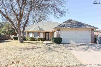 Wichita Falls Single Family Home For Sale: 4 Wimberly Terrace