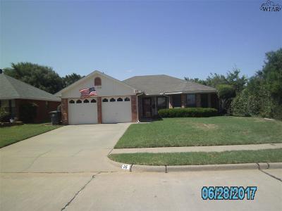 Wichita Falls Single Family Home For Sale: 16 Pilot Point Drive
