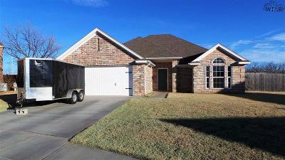 Wichita Falls Single Family Home For Sale: 4 Roundrock Court