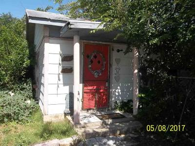Burkburnett Single Family Home For Sale: 707 W 3rd Street