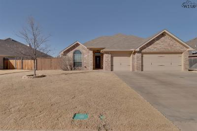 Wichita Falls Single Family Home Active W/Option Contract: 4922 Olivia Lane