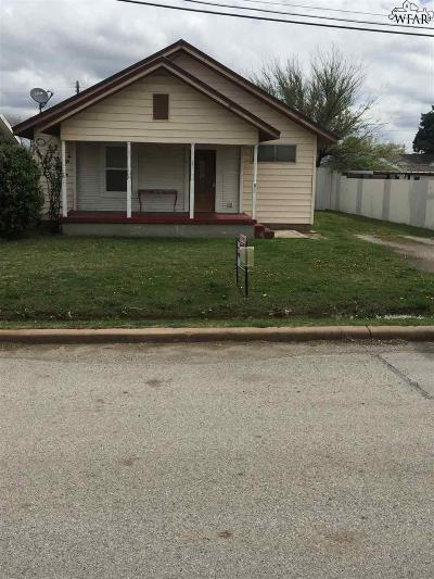 Holliday Single Family Home For Sale: 507 S Main Street