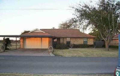 Burkburnett Single Family Home For Sale: 541 Charlotte Avenue