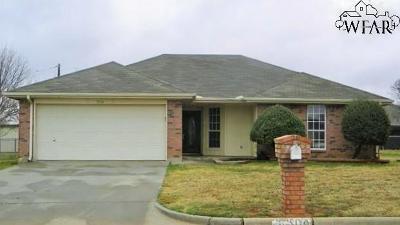 Burkburnett Single Family Home For Sale: 504 Swenson Street