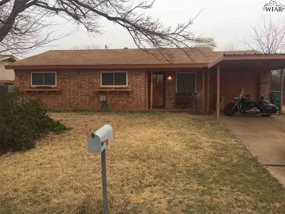 Iowa Park Single Family Home For Sale: 1323 Westridge Lane