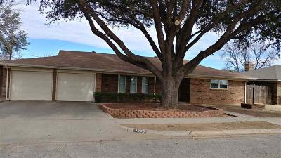 Wichita Falls Single Family Home Active W/Option Contract: 1530 Jenney Lee Drive