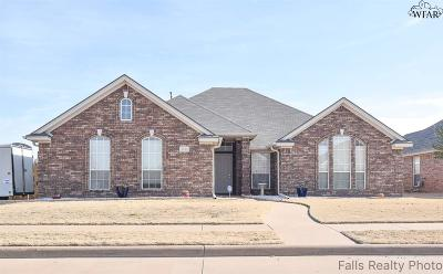 Wichita Falls Single Family Home Active W/Option Contract: 5101 Tillie Drive