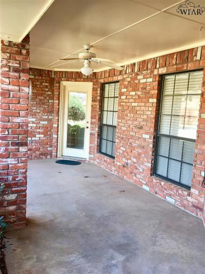 Wichita Falls Single Family Home Active W/Option Contract: 4516 Wendover Street