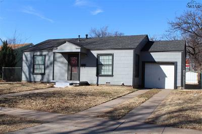 Wichita Falls Single Family Home Active W/Option Contract: 3316 Sherwood Lane