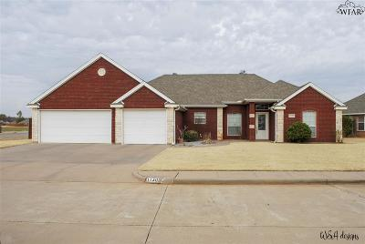 Burkburnett Single Family Home For Sale: 1130 Regency Drive
