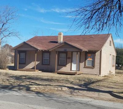Wichita County Single Family Home For Sale: 1711 Giddings Street