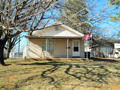 Burkburnett Single Family Home For Sale: 219 E 5th Street