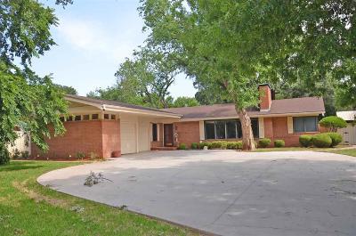Wichita Falls Single Family Home For Sale: 3210 Martin Boulevard