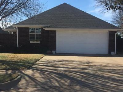 Wichita Falls TX Single Family Home Active W/Option Contract: $135,000