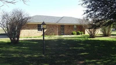 Burkburnett Single Family Home Active W/Option Contract: 2634 Holman Road