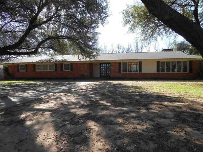 Wichita Falls Single Family Home For Sale: 2635 Chase Drive